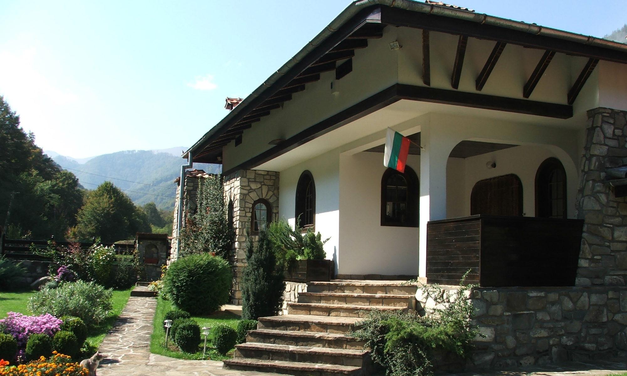 Къща Климаша - настаняване в с. Рибарица